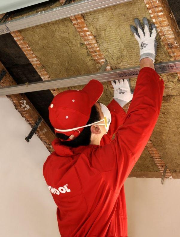 Isolation de toiture par l 39 ext rieur - Isolation sous toiture entre chevrons ...